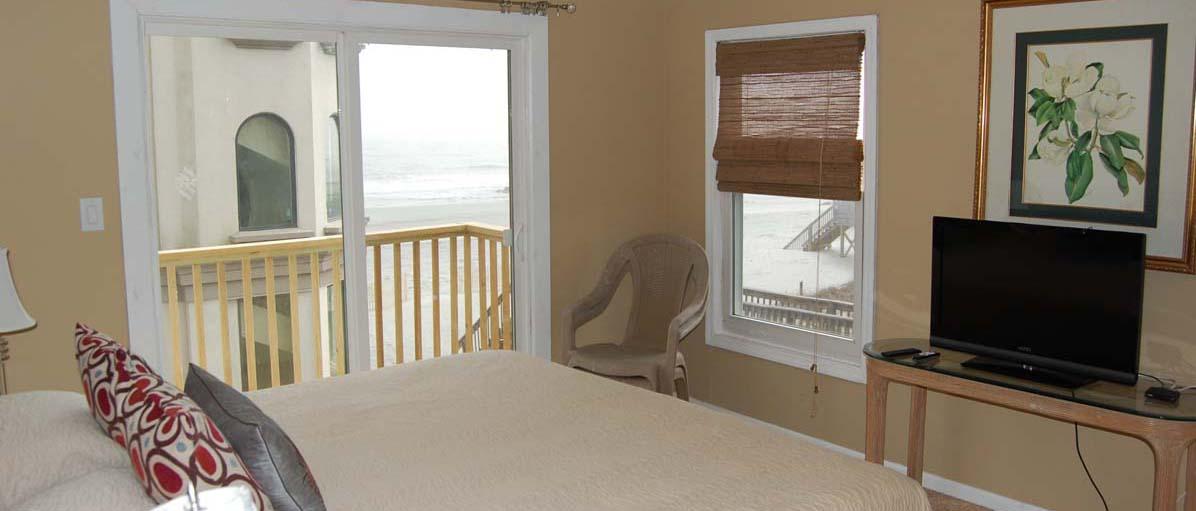 1651 East Ashley Avenue, Folly Beach bedroom