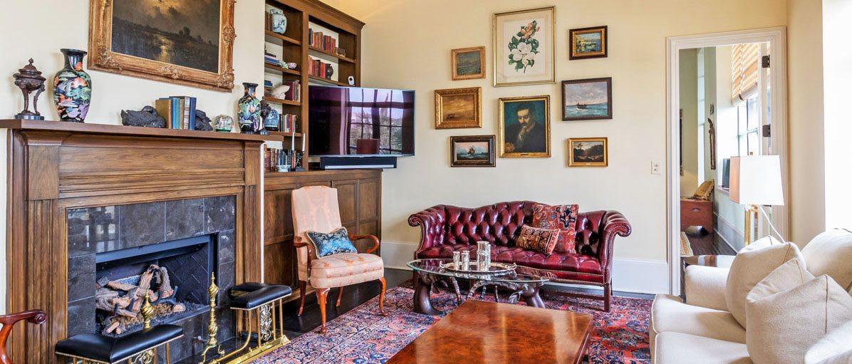 3 Chisolm Street, Condominium 304 living room