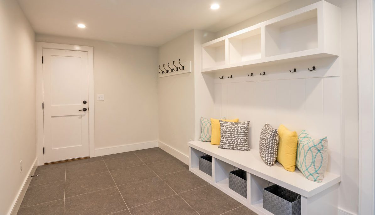 10 Yeamans Road, The Crescent mudroom