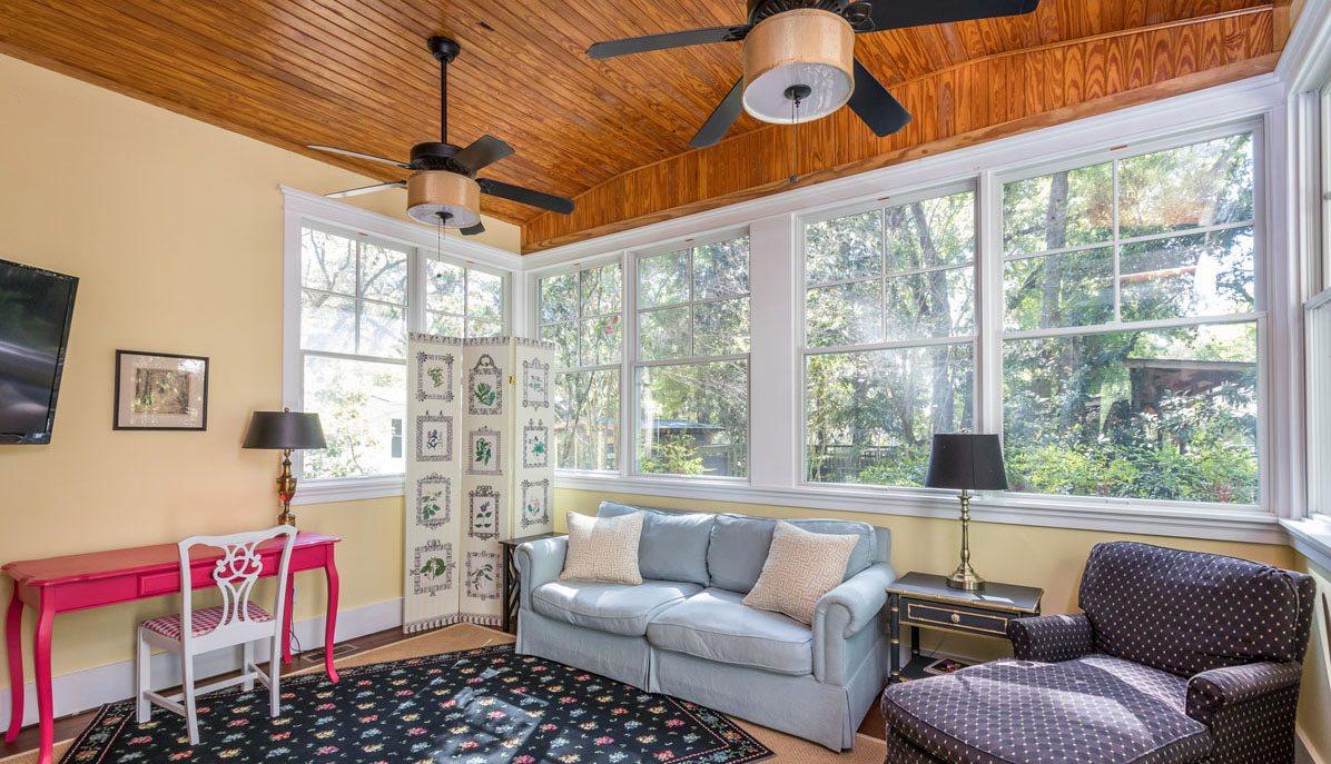 179 Riverland Drive, Riverland Terrace sun room