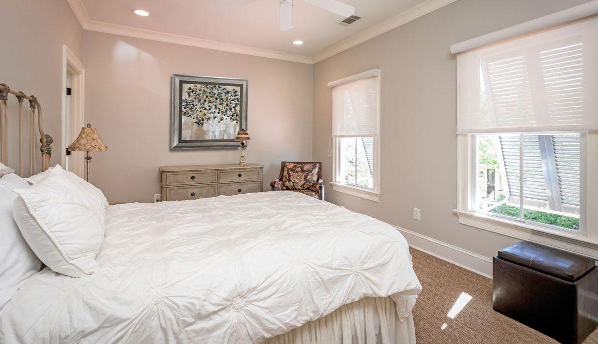302 N. Shelmore Blvd., I'on master bedroom