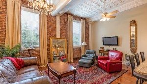 4 Beaufain Street 204 living room