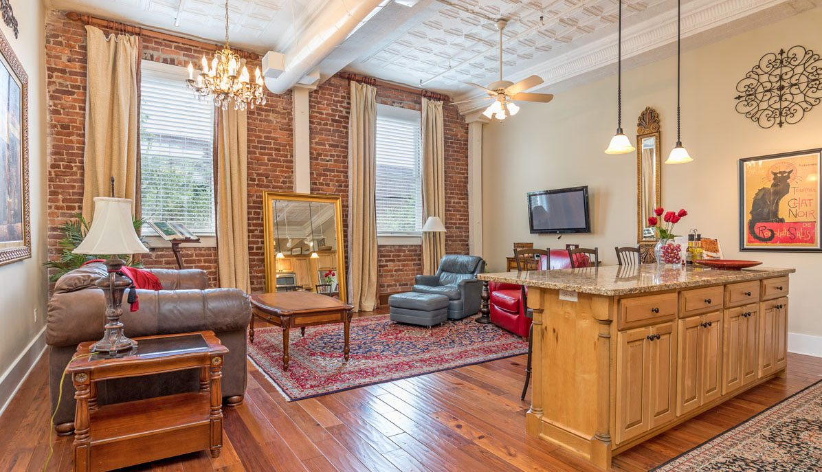 living area of 4 Beaufain Street 204, corner of King Street