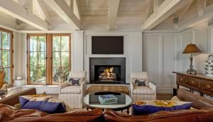 23 Cormorant Island Lane den fireplace