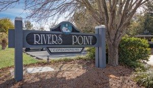 21 Rivers Point Row 6F sign