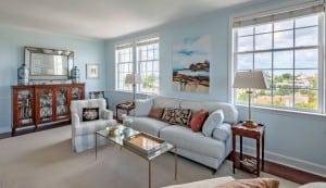 1 King Street 709 living room
