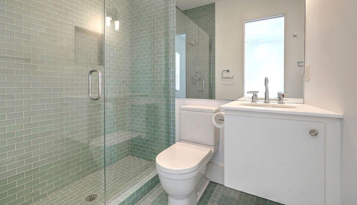 20 South Adgers Wharf bathroom 3