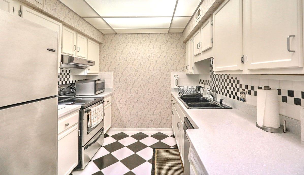 330 Concord Street 3E, Dockside kitchen