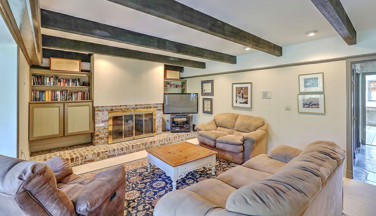 351 Confederate Circle, South Windermere, family room