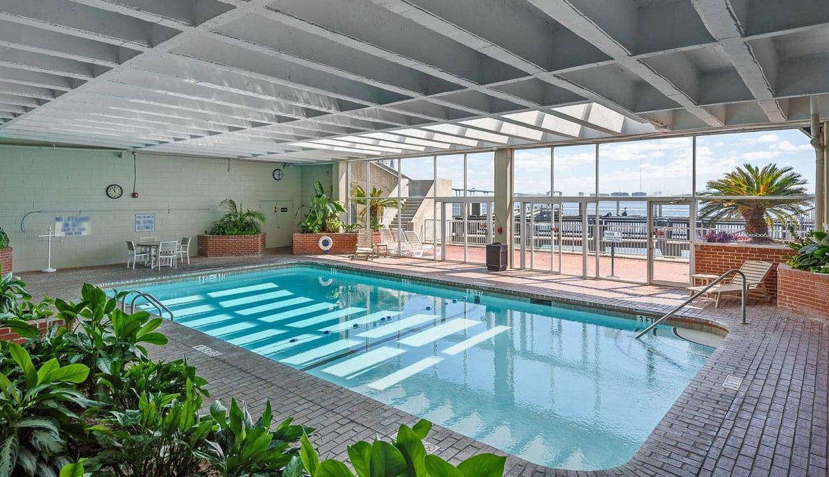 Dockside Condos pool