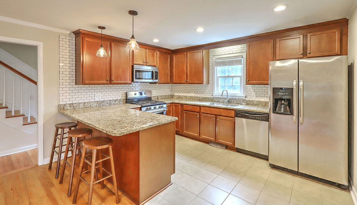 1222 Byron Road kitchen