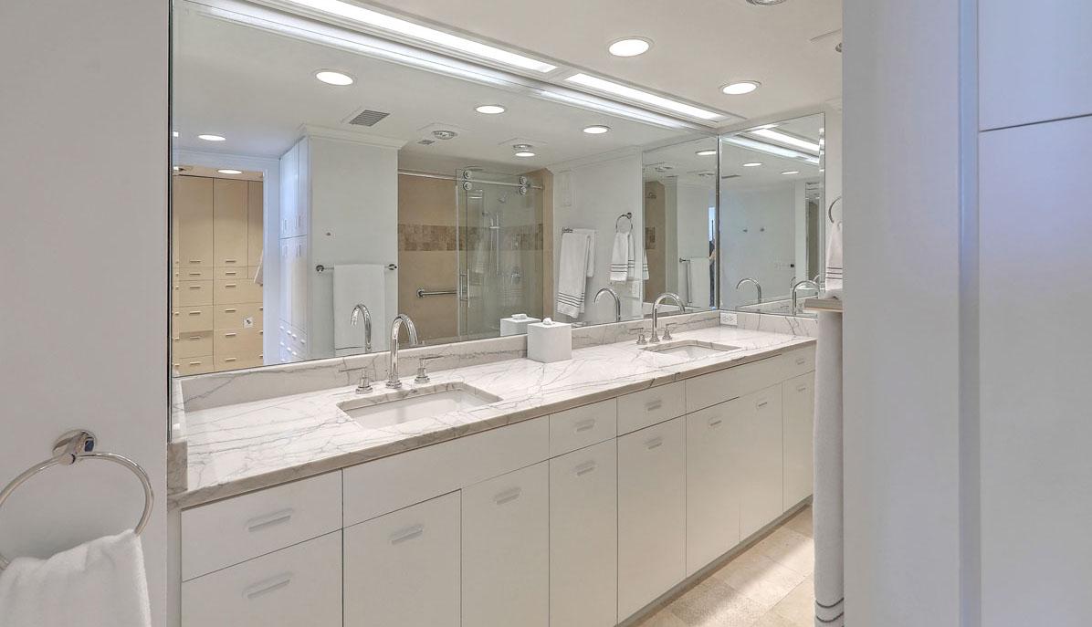 330 Concord Street 18E, Dockside master bath