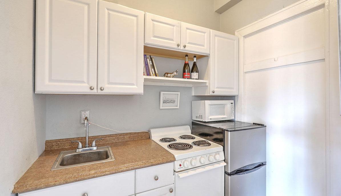 63 Rutledge Avenue 25 kitchenette web