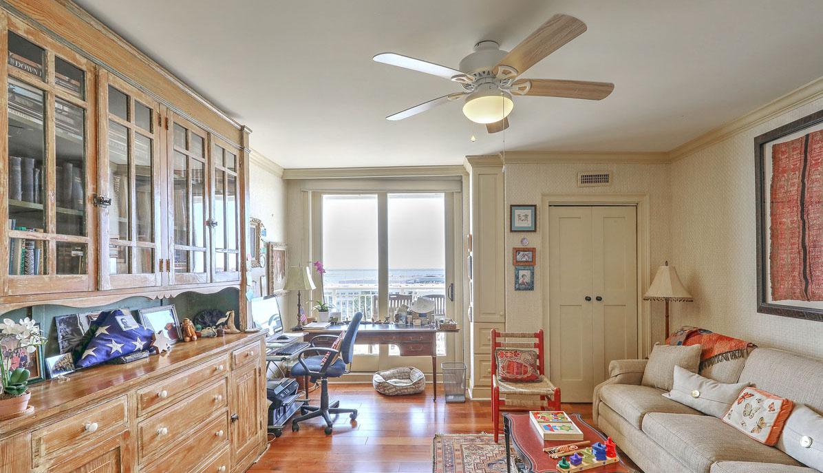 330 Concord Street 9B bedroom 2/den/study