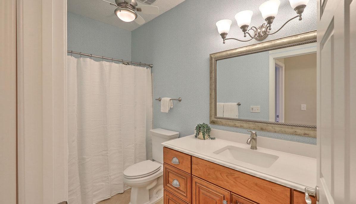 45 Sycamore Avenue 218 bath