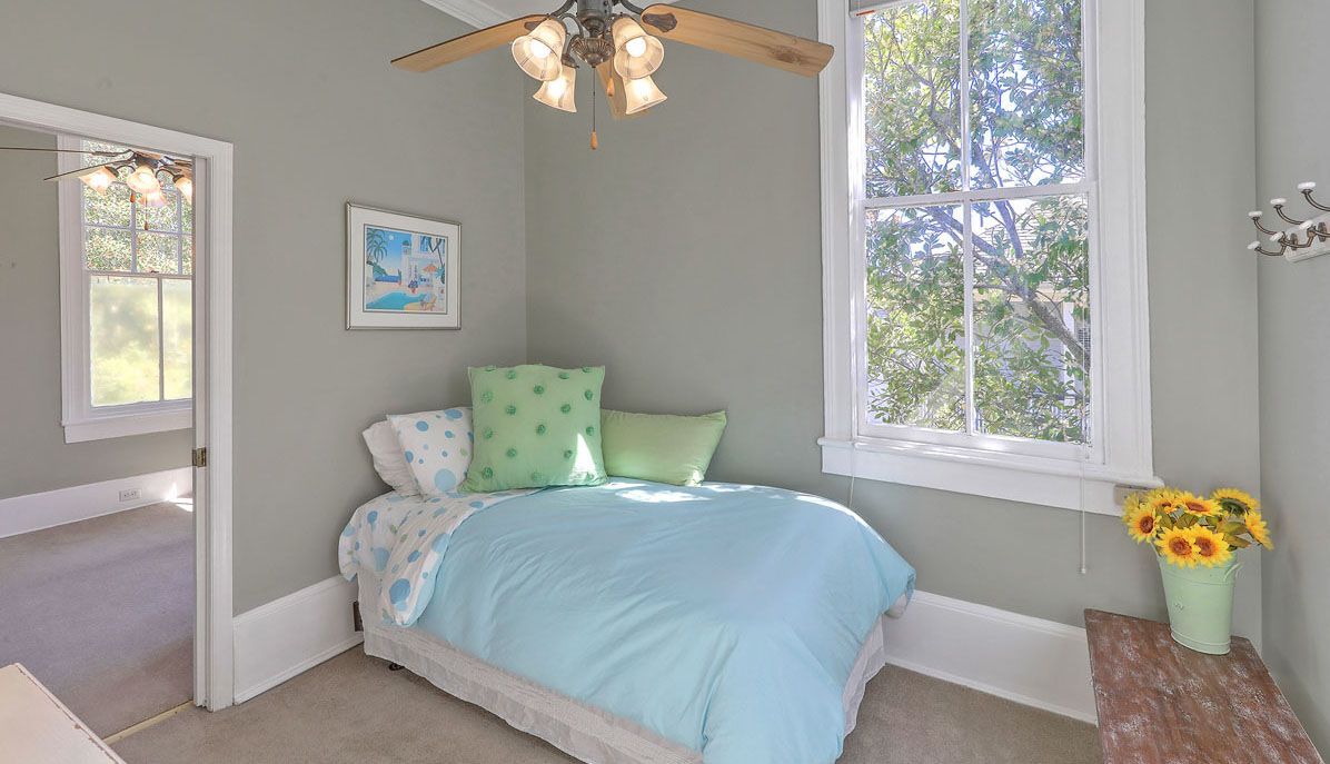 52 South Battery G guest room