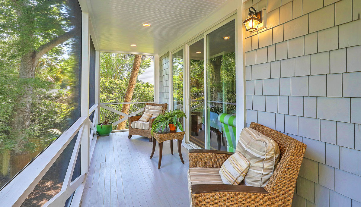 1312 Middle Street master screened porch