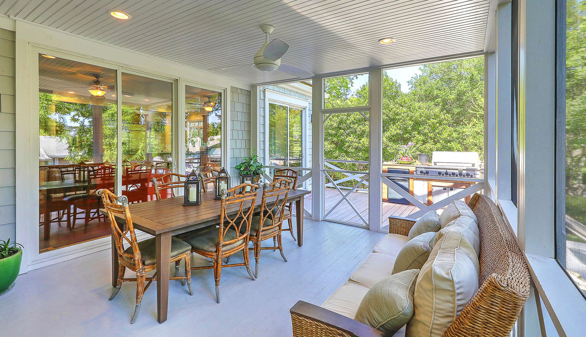 1312 Middle Street screened porch
