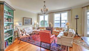 2 Wharfside 5E living room