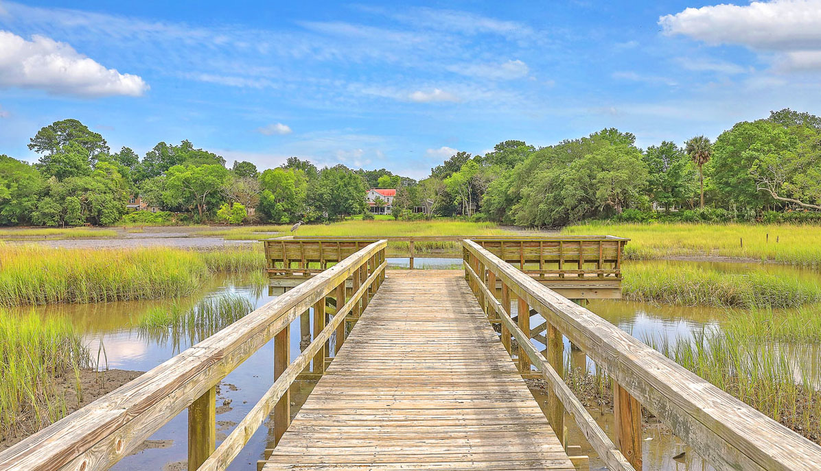 76 Alberta Avenue Longborough Park dock view