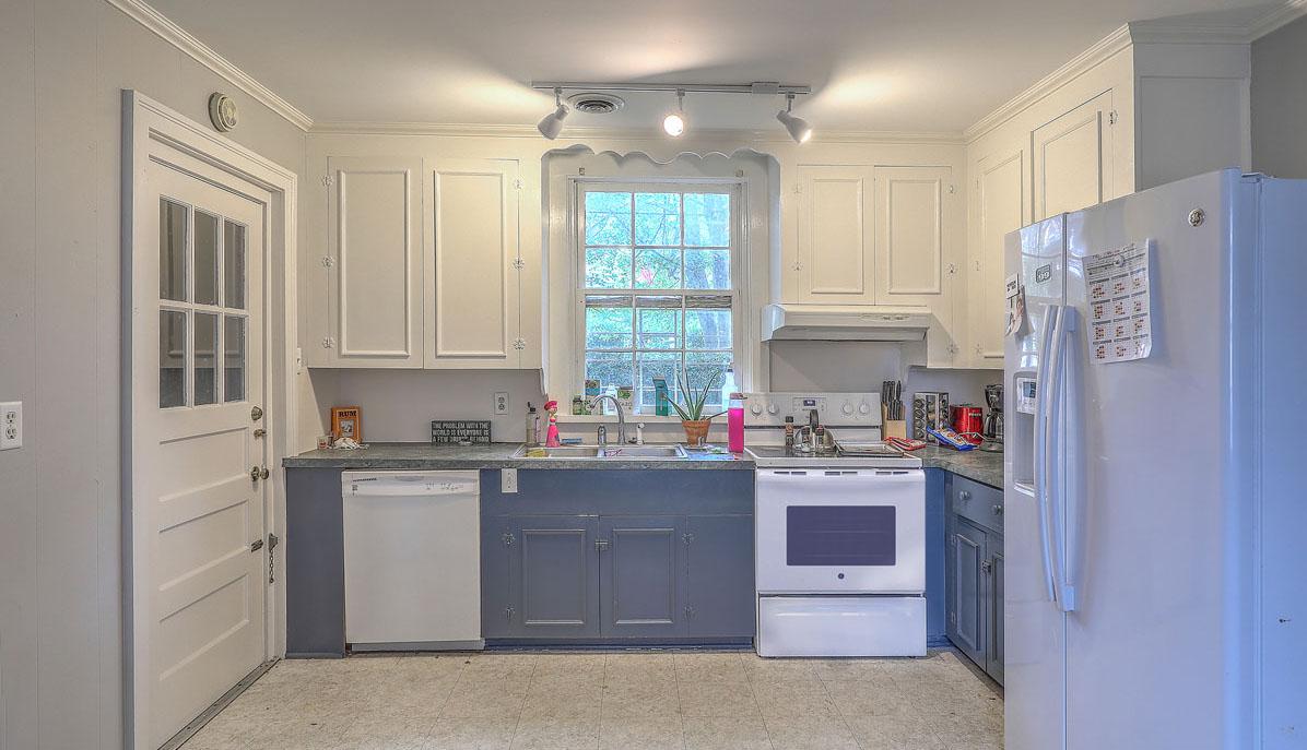 46 Smith Street kitchen