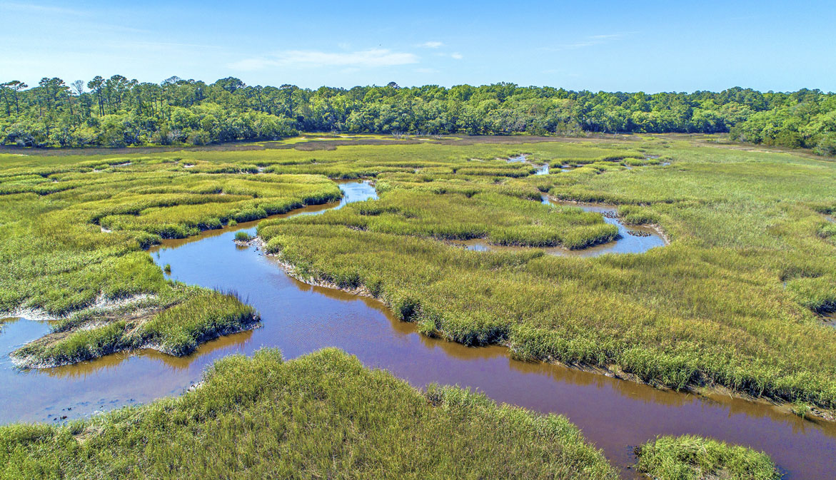 2514 Laurel Hill Road, marsh front lot for sale on Edisto Island