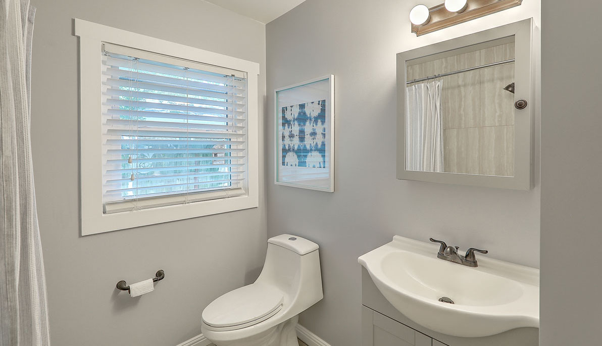334 Millcreek Drive bathroom