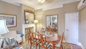 19 Pinckney Street, Palmer's Pinckney Inn Bed & Breakfast dining room