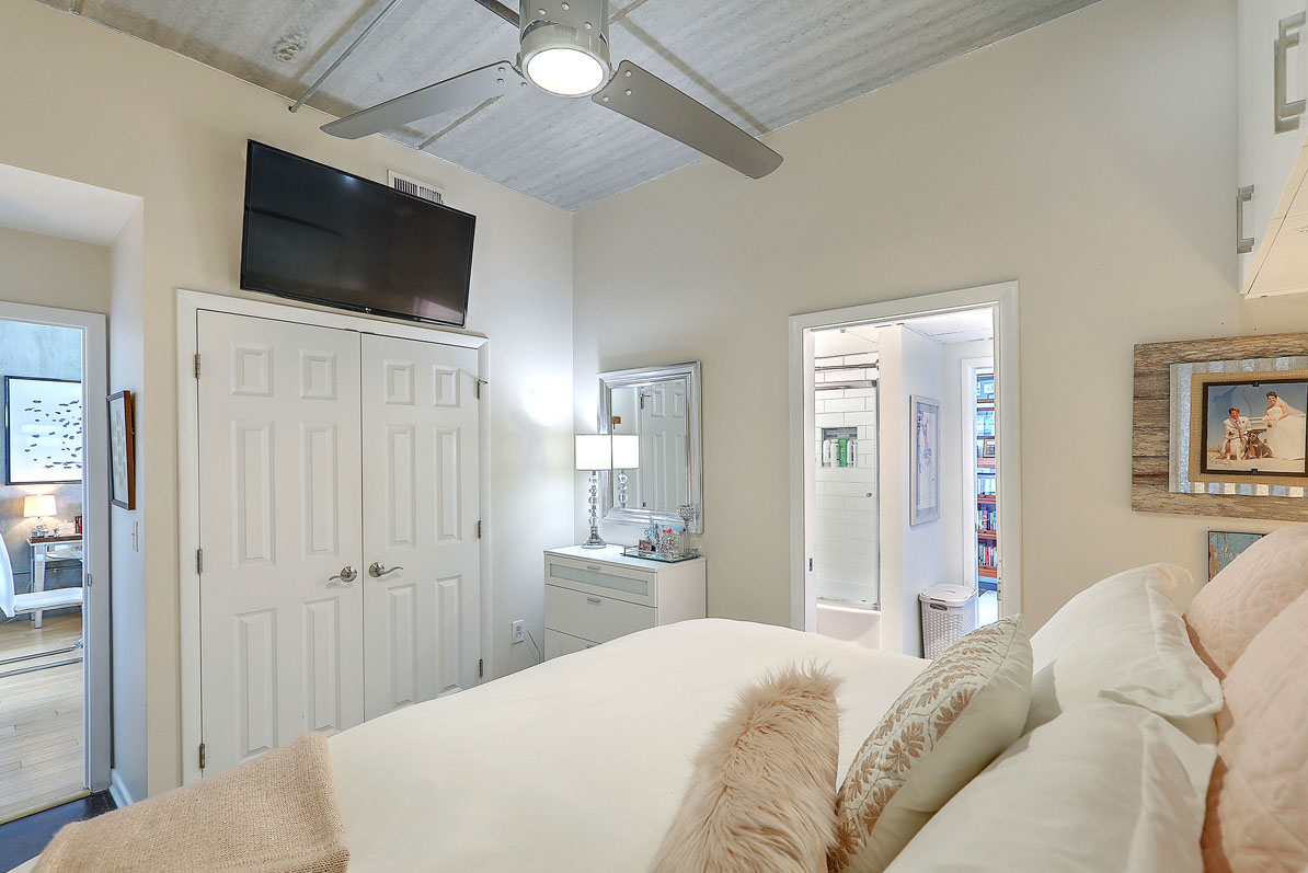 One Cool Blow Street 134 bedroom