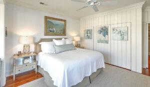 102 Queen Street master bedroom