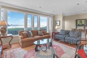 330 Concord Street TH20, Dockside living room