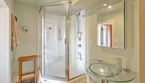 330 Concord Street 9A, Dockside full bath