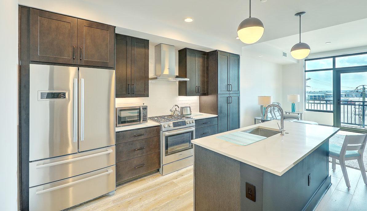 5 Gadsdenboro Street 406, The Gadsden kitchen