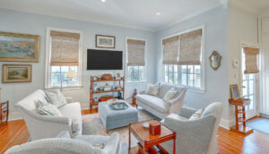 102 Queen Street family room