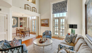 67 Legare Street 403, Crafts House living & dining rooms
