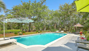 307 Confederate Circle pool