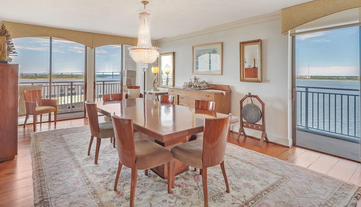 330 Concord Street 10FG, Dockside dining room